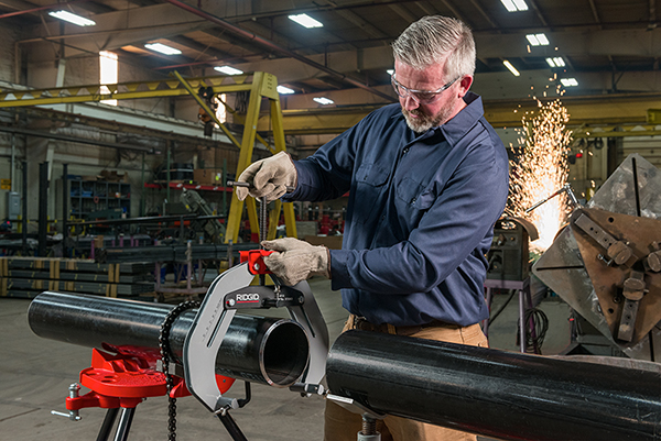 Maximize Precision and Efficiency with the RIDGID® Quick-Acting Pipe Welding Clamp