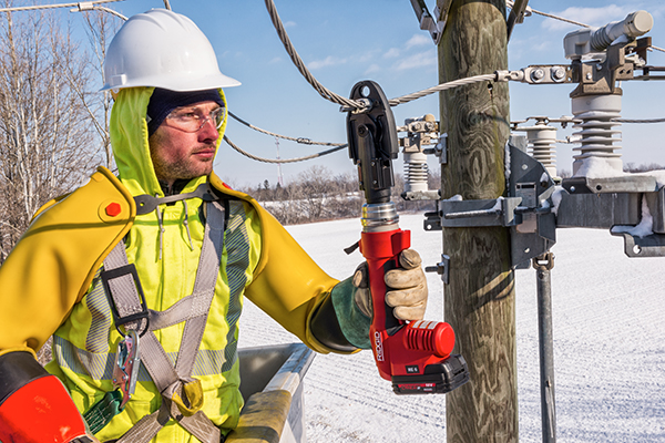 Utility Linemen Work Reaches a New Level with the RIDGID® UC-60 Crimp Head