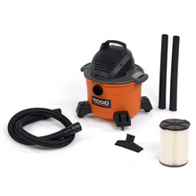 6 Gallon Wet/Dry Vac w/accessory pack
