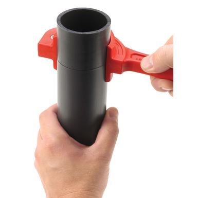 Coupe-tubes pour tuyaux sandwich