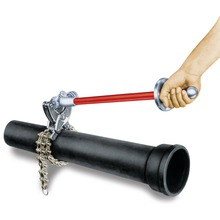 Modelo 206 – Cortador de tubos de desagüe cloacal