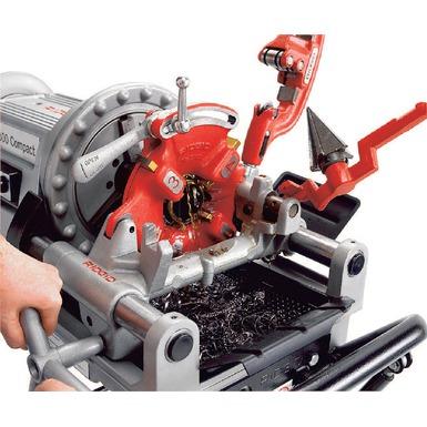 Model 300 Compact Threading Machine
