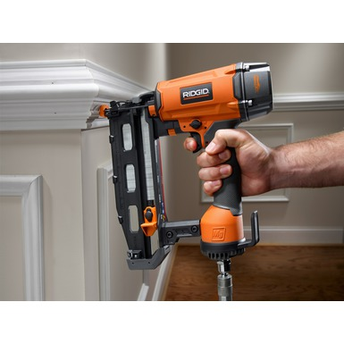 "2 1/2"" Straight Finish Nailer (16 Gauge)"