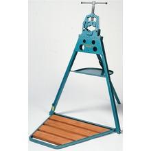 Portabel arbetsbänk med rörskruvstycke